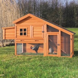 """Chicken Coop with a View 69"""" x 31"""" x 42"""""""